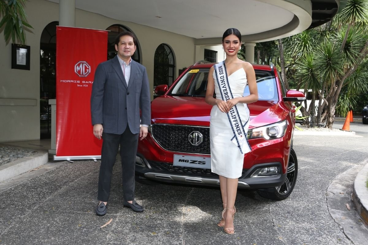 A picture of the reigning Miss Universe Philippines and the MG Philippines president
