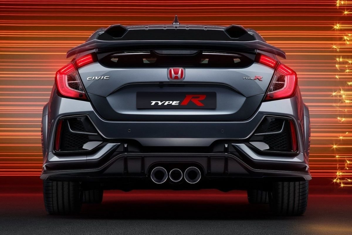 A picture of the rear of the Honda Civic Type R Sport Line