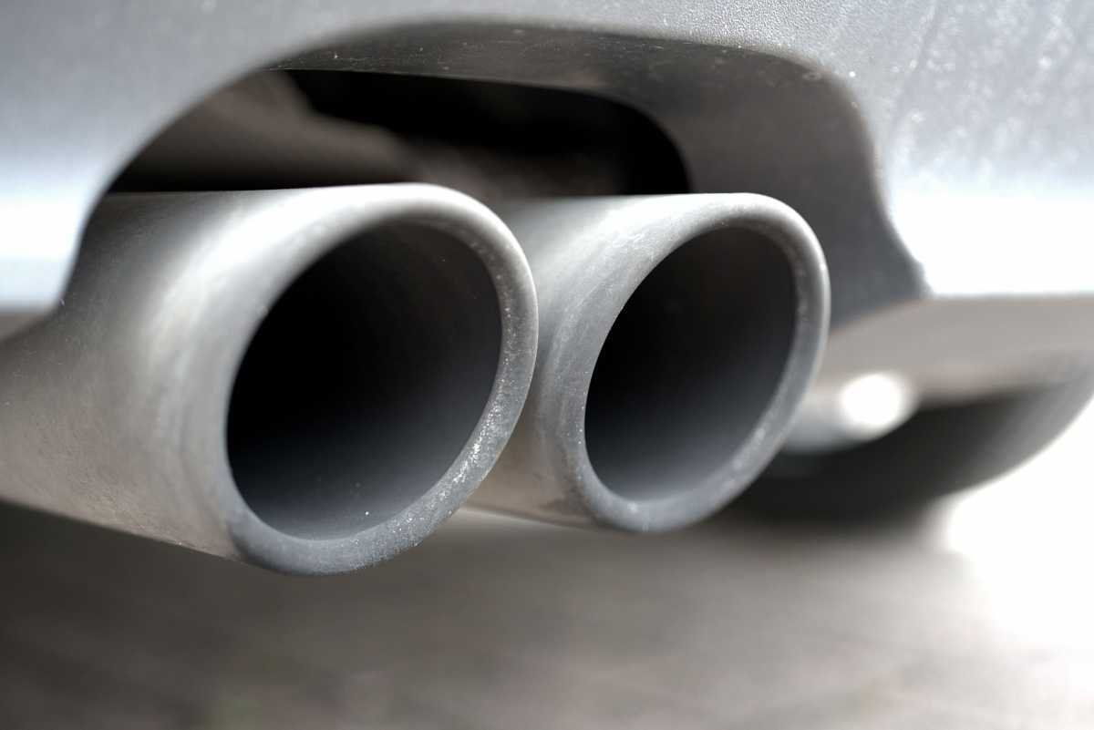 Pay special attention to the sound of your car's exhaust, as it should not exceed 99 dB