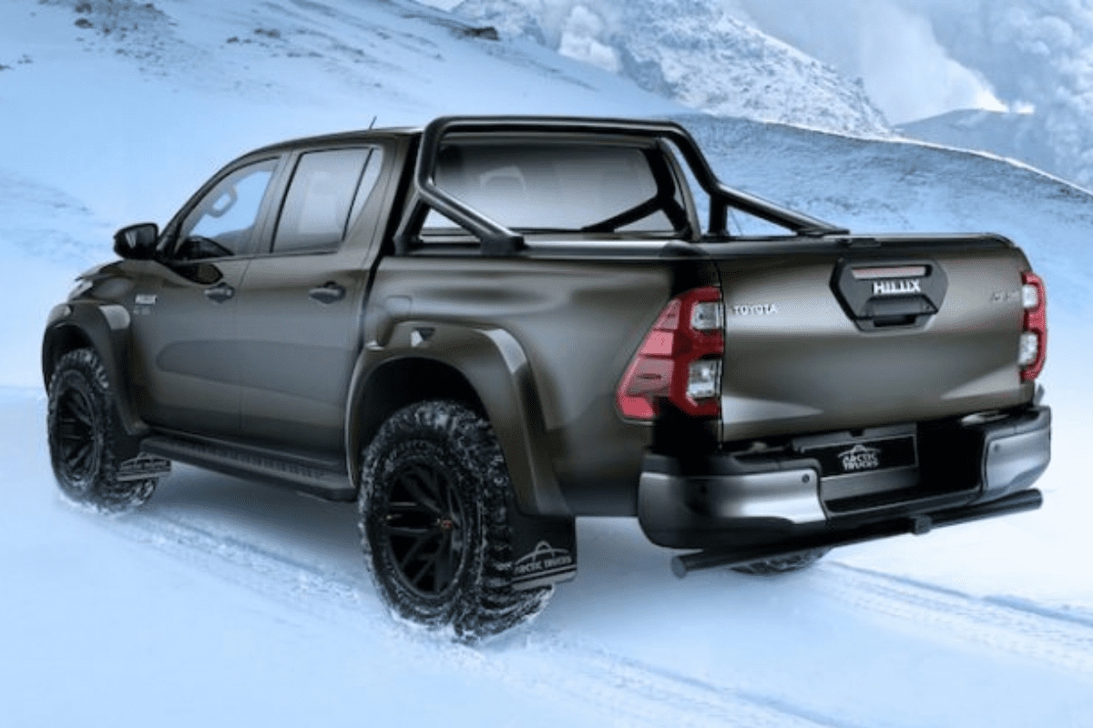 Toyota Hilux AT35 rear