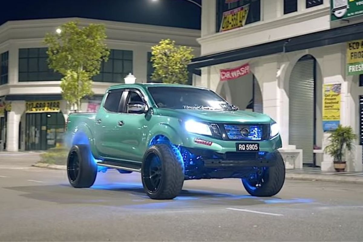 A picture of the modified Nissan Navara from Malaysia on the road.