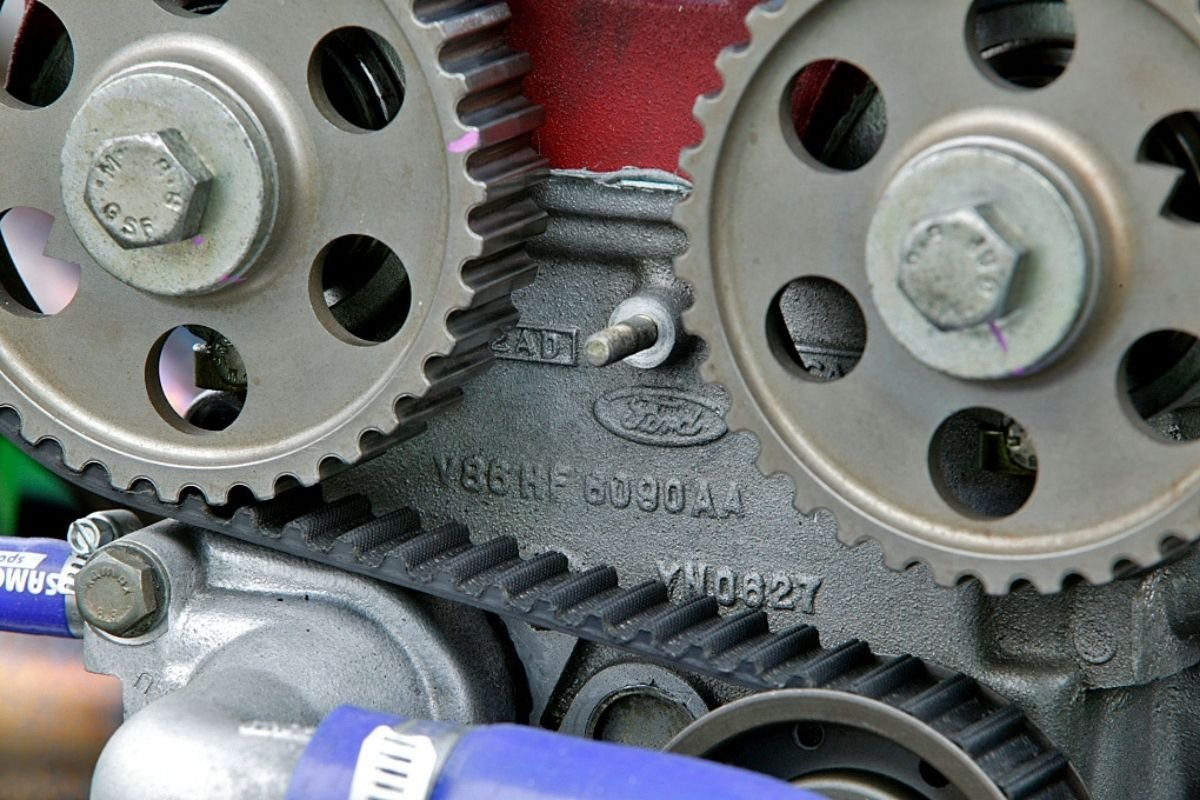 A picture showing a timing belt
