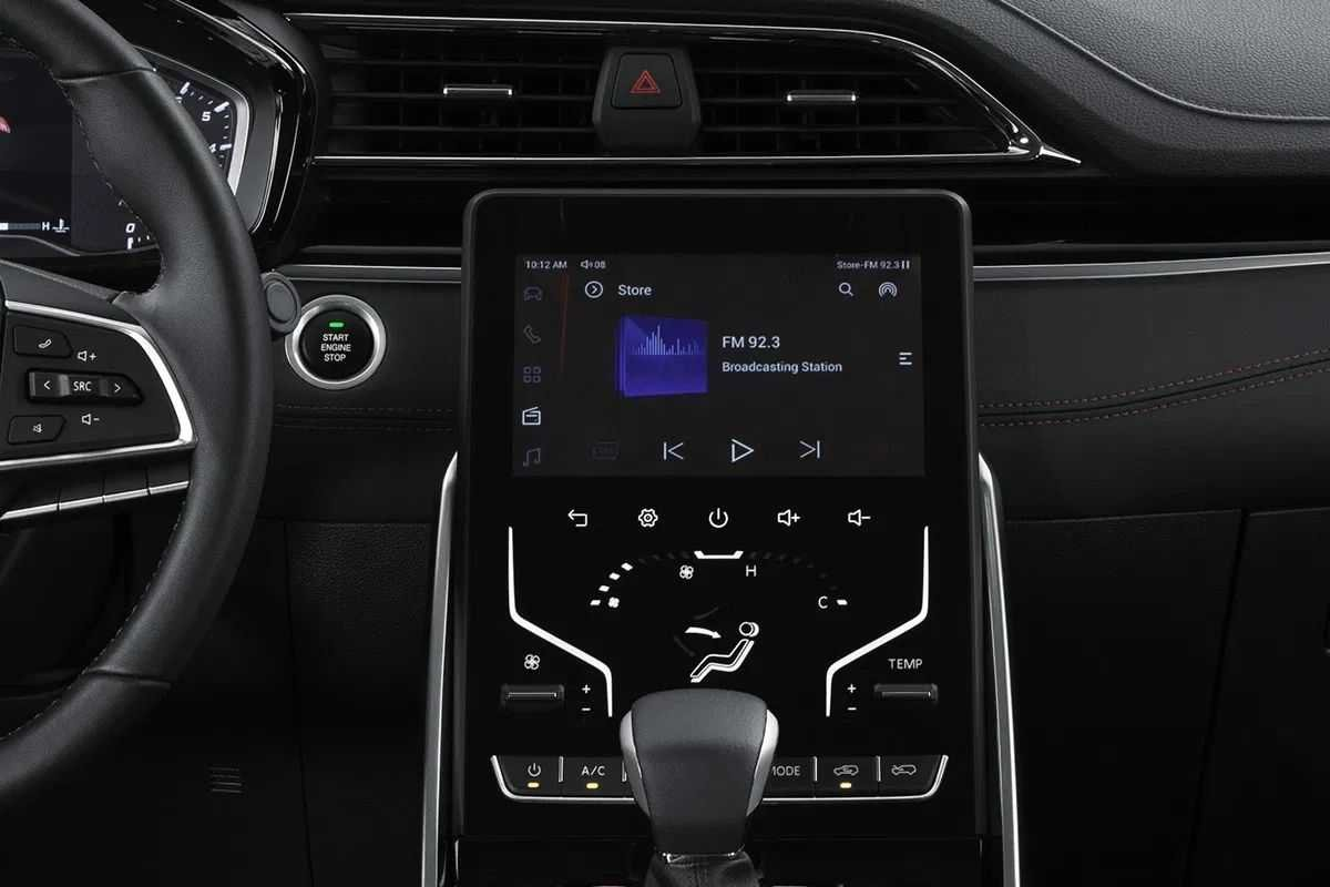 A picture of the D60's infotainment system