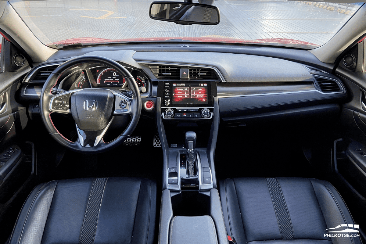2020 Honda Civic RS Turbo dashboard