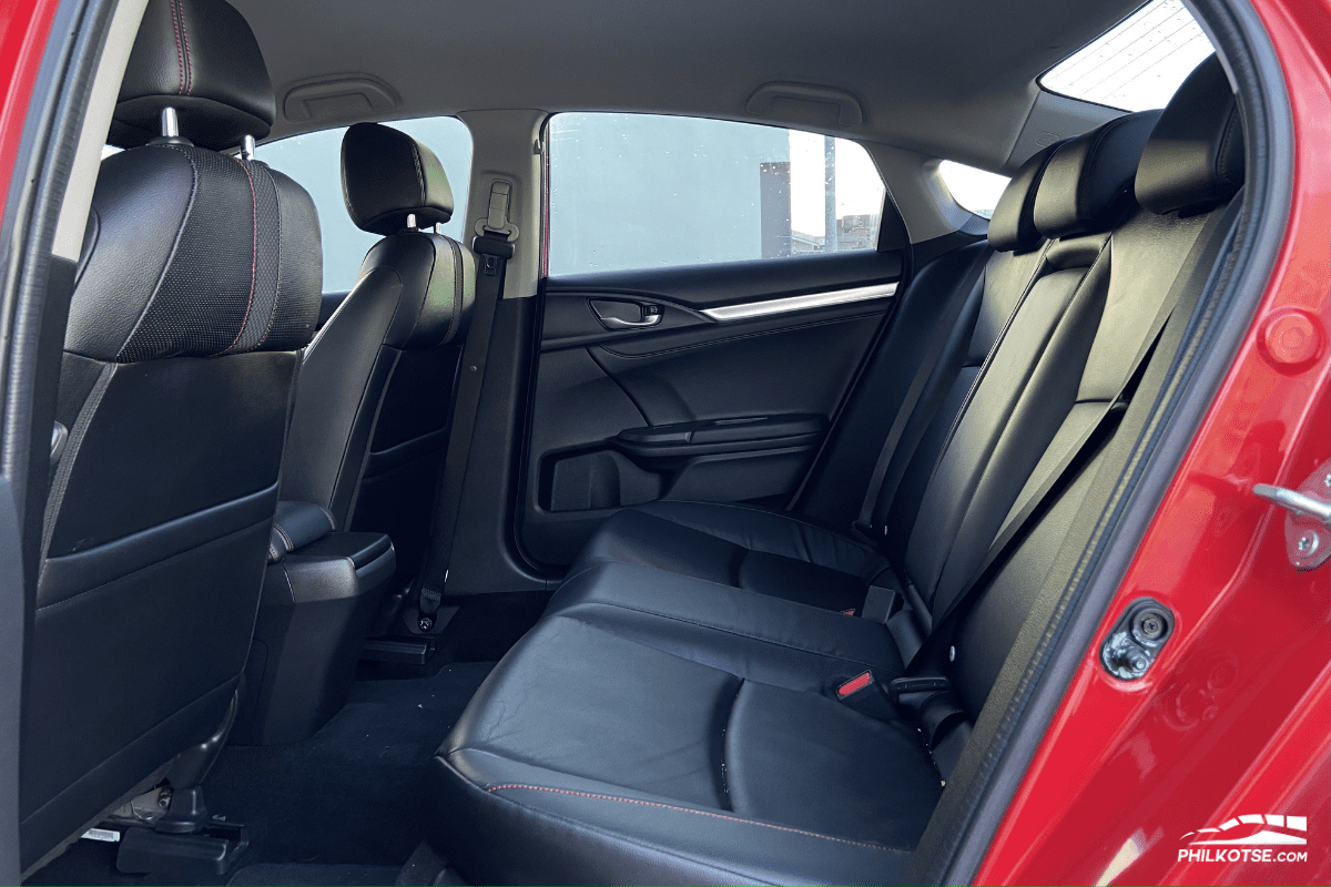 2020 Honda Civic RS Turbo rear seats