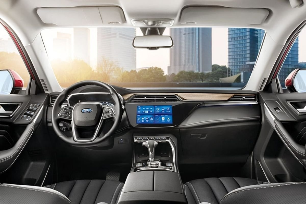 A picture of the Ford Territory's cockpit