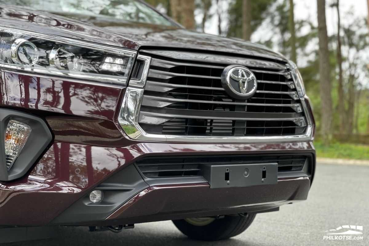 A picture of the Innova's front end
