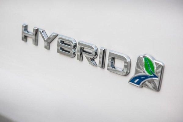 A hybrid badging