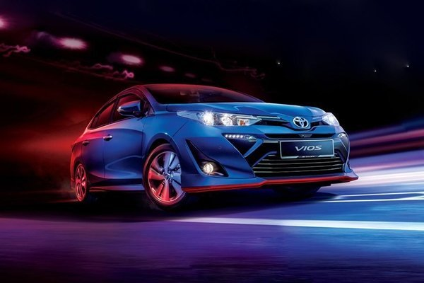 Toyota Vios Philippines on the road
