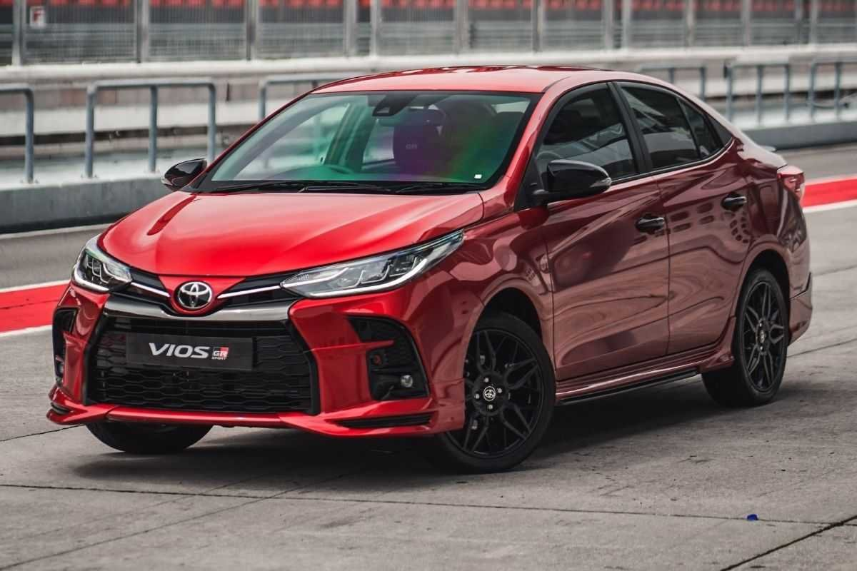 A picture of the Toyota Vios GR-S on the race track