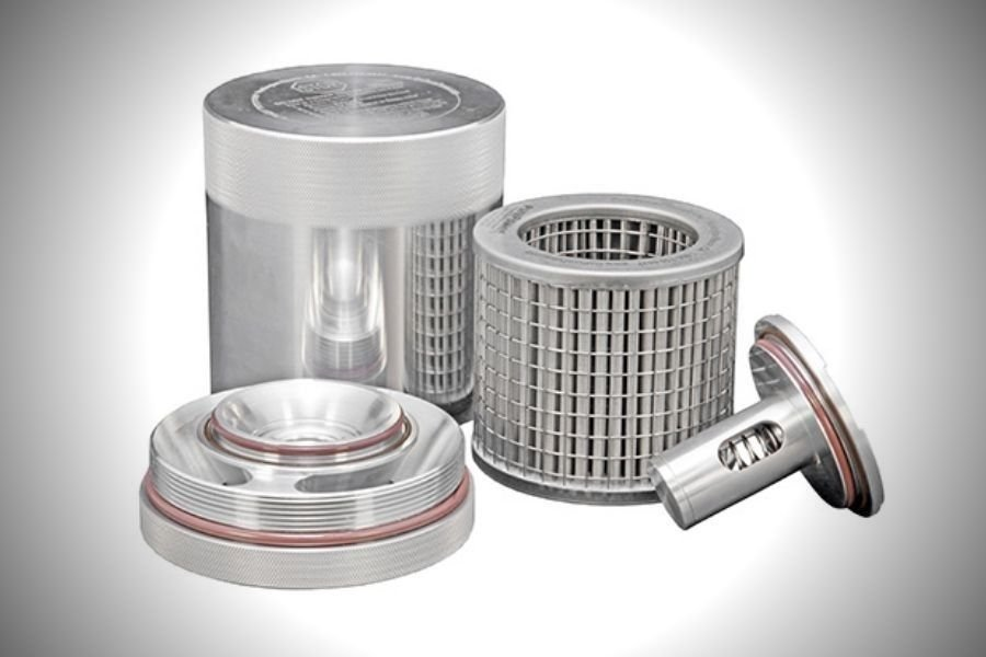 A picture of a washable K&N washable oil filter