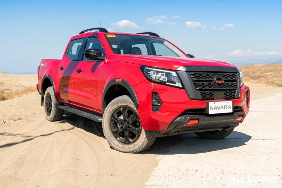 A picture of the Nissan Navara Pro-4X at Paoay Sand dunes