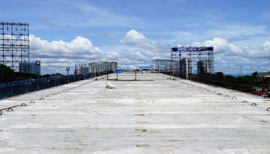 Skyway Extension under construction