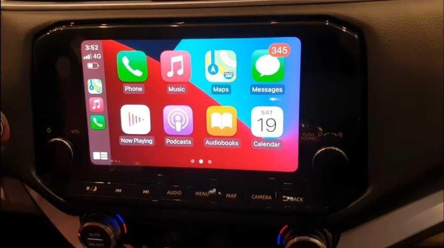 Touchscreen head unit