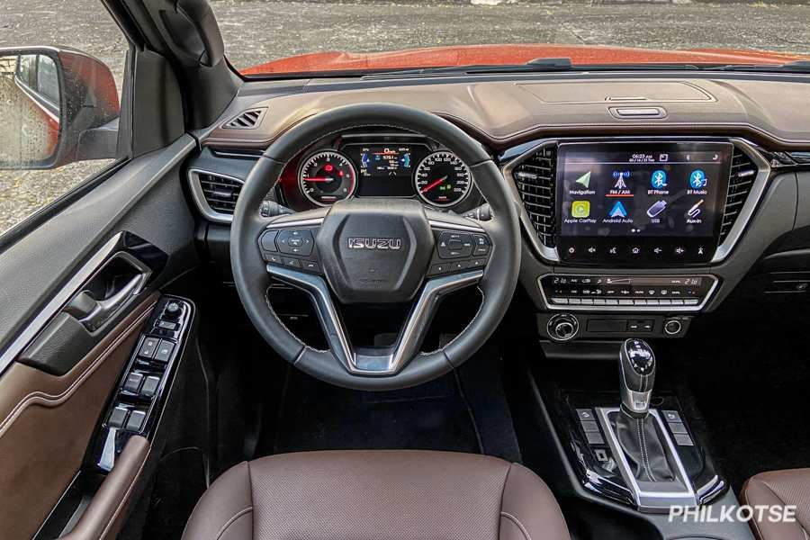A picture of the D-Max LS-E's steering wheel
