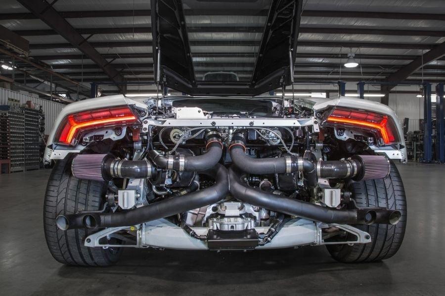 A picture of a twin-turbo Lamborghini Huracan