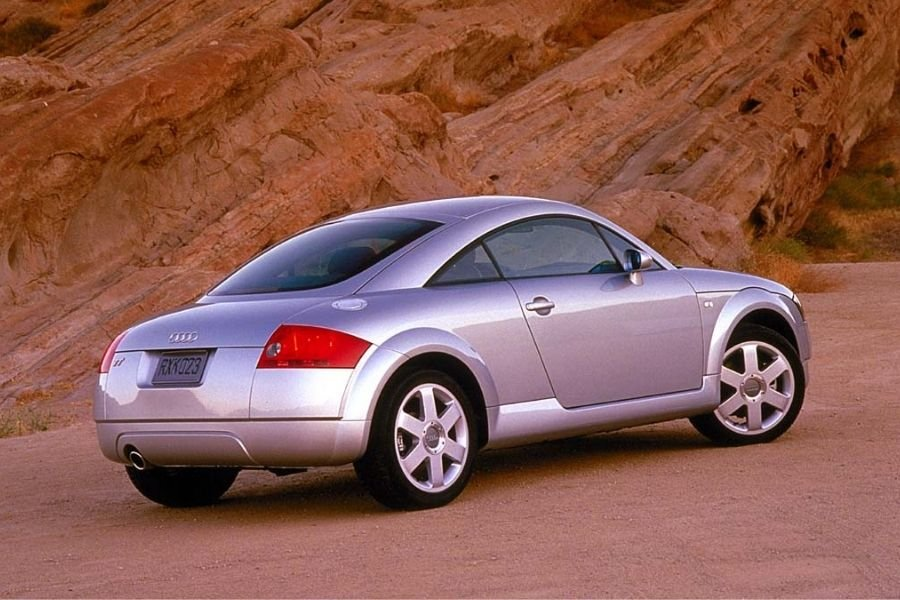 A picture of the rear of the Audi TT