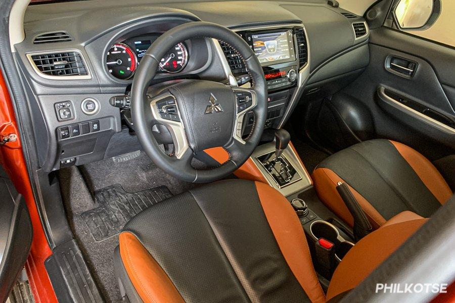 Mitsubishi Strada interior view
