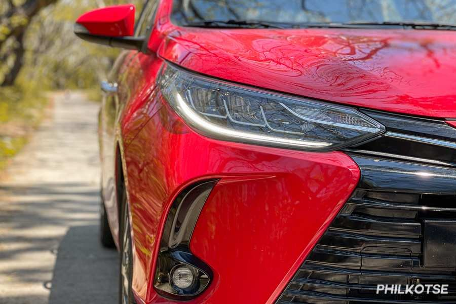 A close-up pic of the Vios G's headlamps