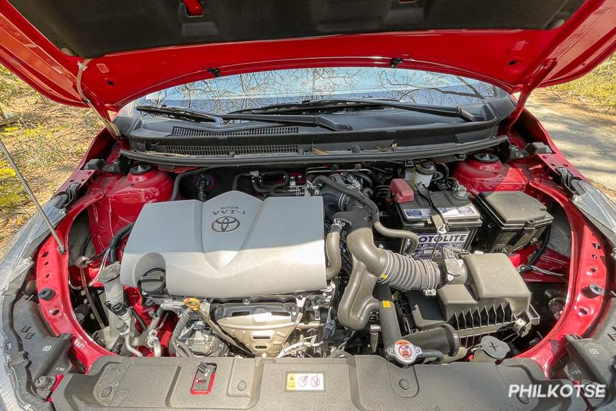 A picture of the Vios G's engine bay