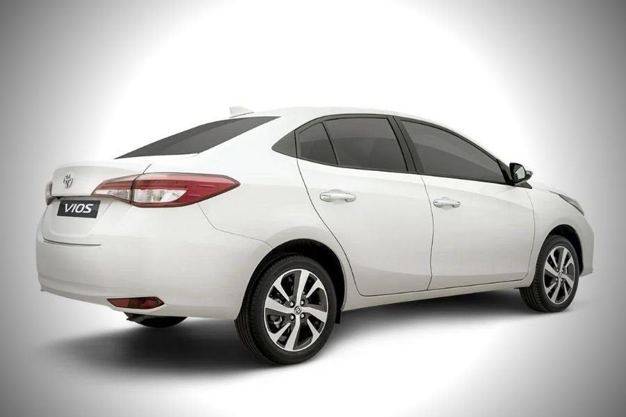 A picture of the rear of the Toyota Vios E