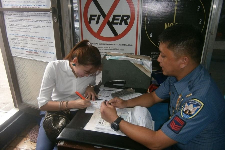 A picture of a woman acquiring a PNP-HPG Clearance