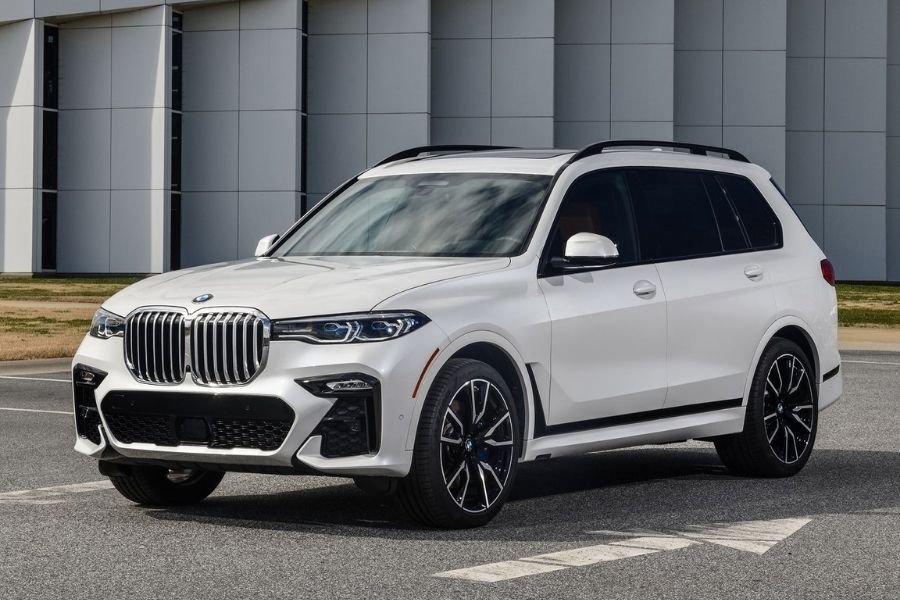 A picture of the BMW X7
