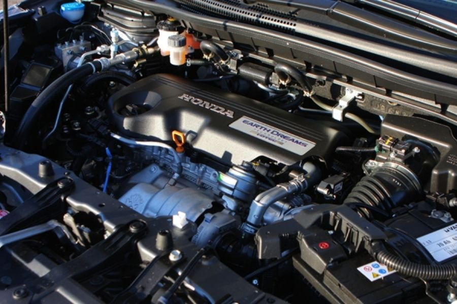 A picture of the Honda CR-V's engine