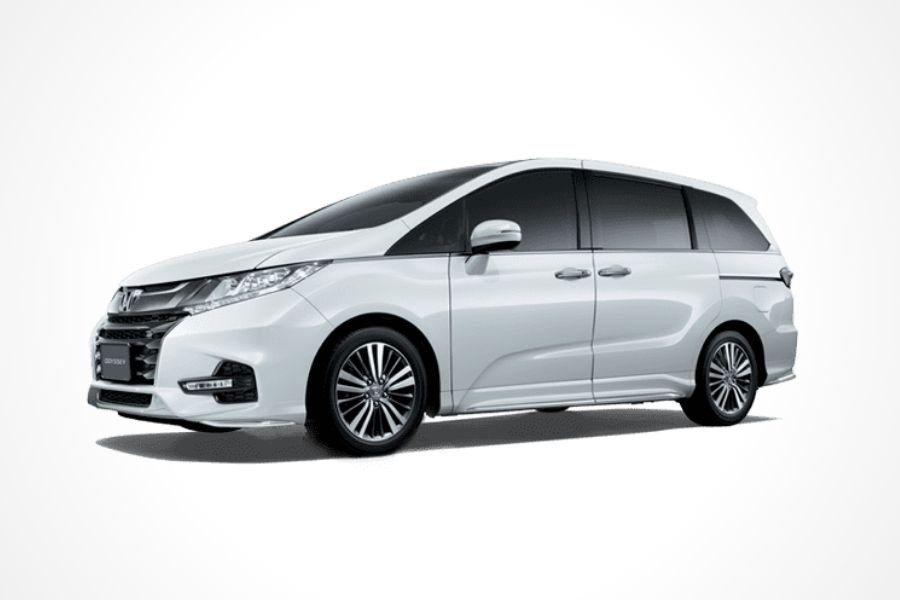 Honda Odyssey front view