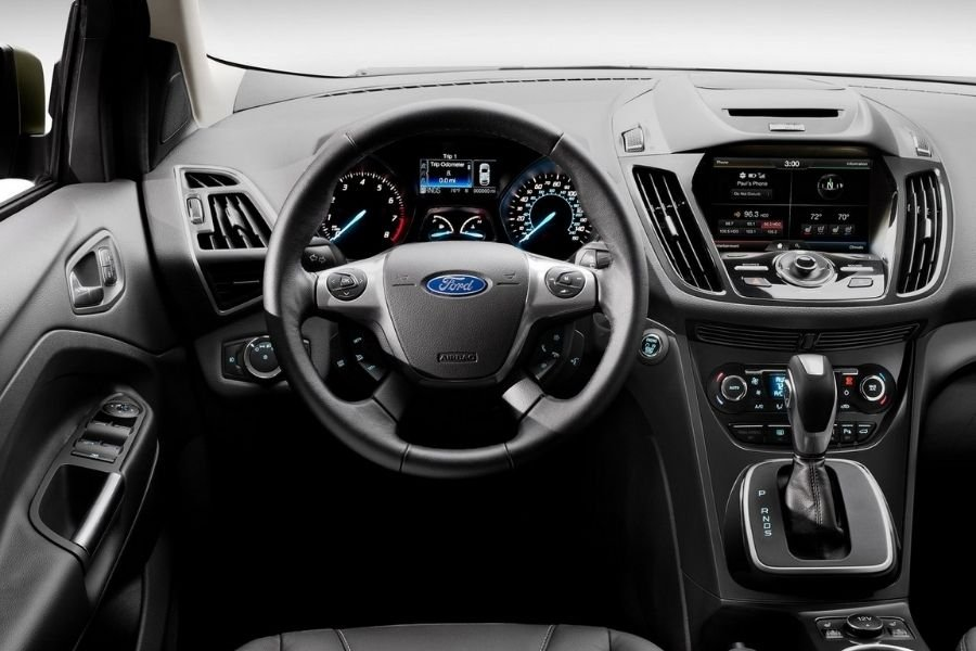 A picture of the interior of the 2015 Ford Escape