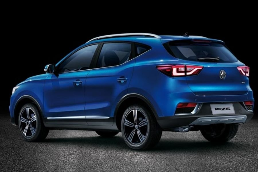 A picture of the MG ZS' rear end