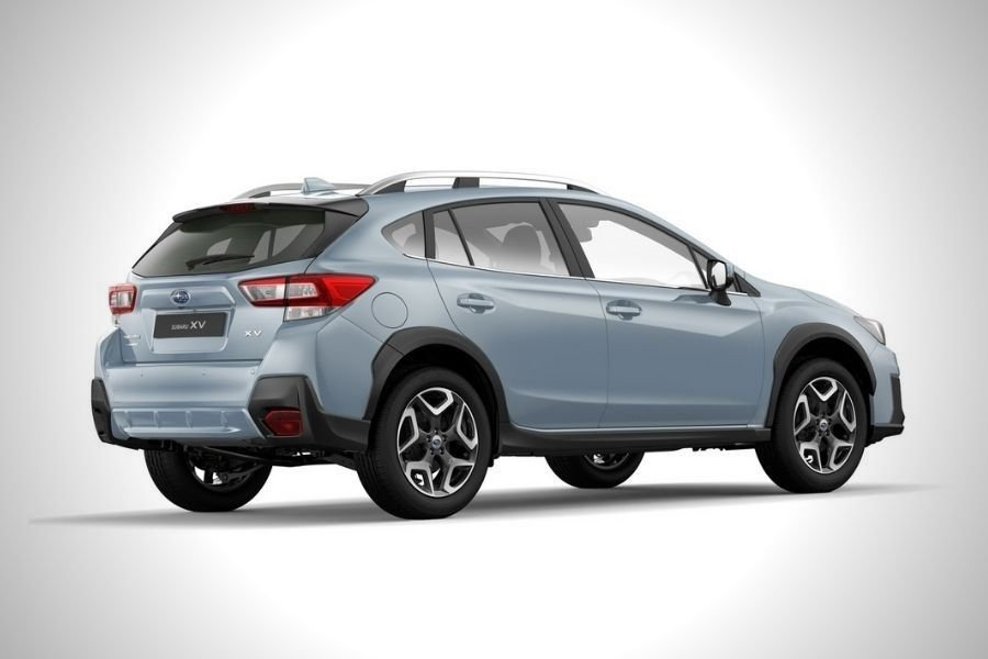 A picture of the old Subaru XV's rear end