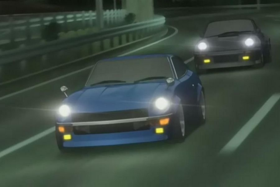 A picture of the Devil Z racing against the Blackbird
