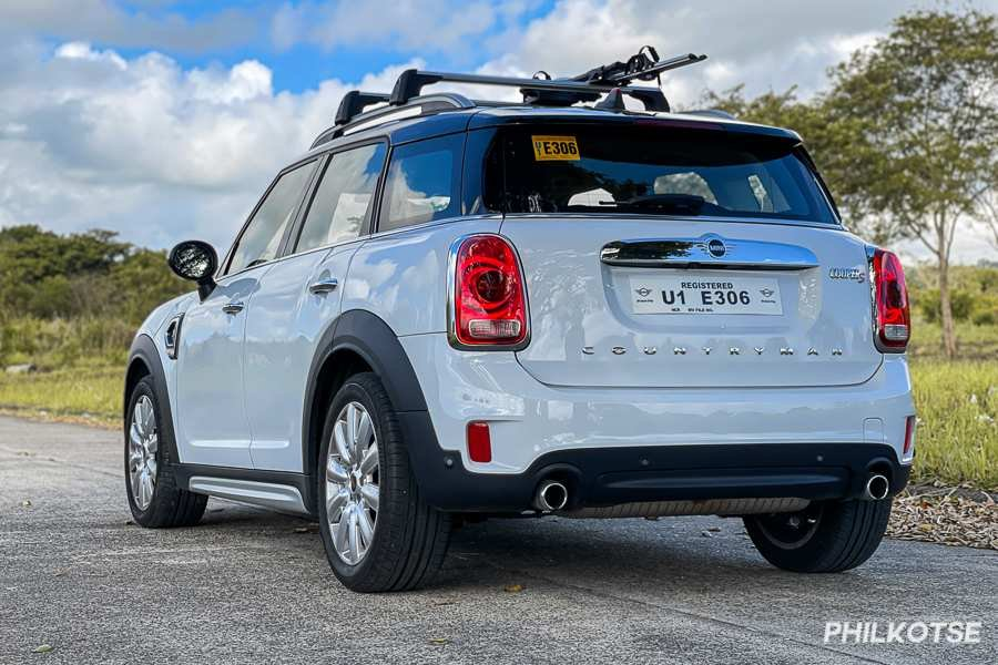 A picture of the rear of the Mini Countryman Cooper S