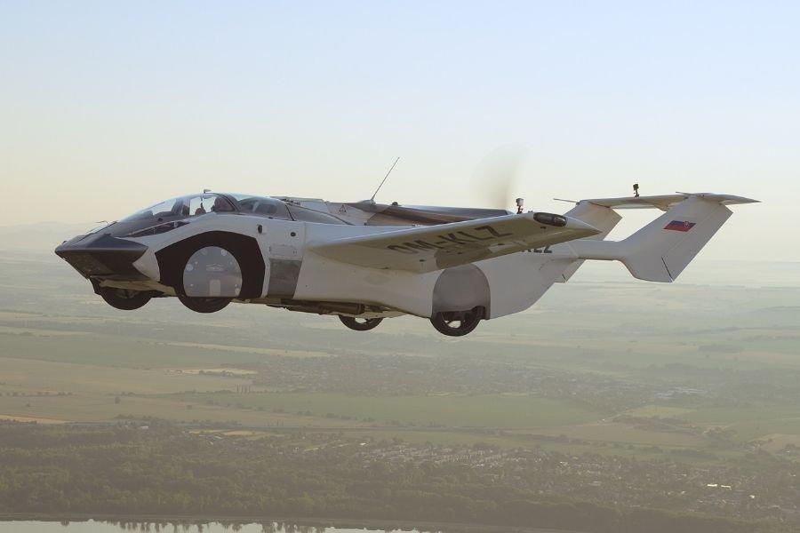 AirCar first flight test