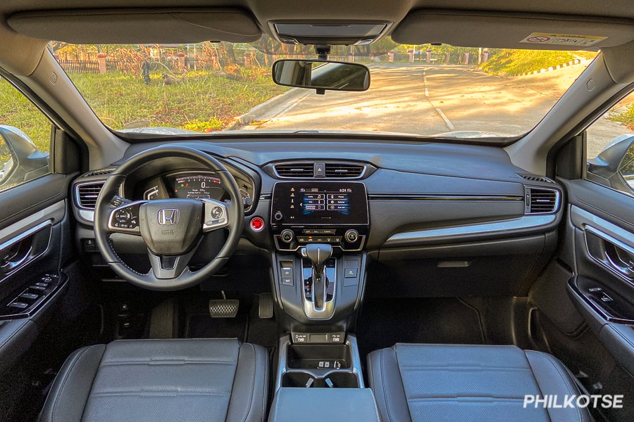 A picture of the interior of the Honda CR-V S