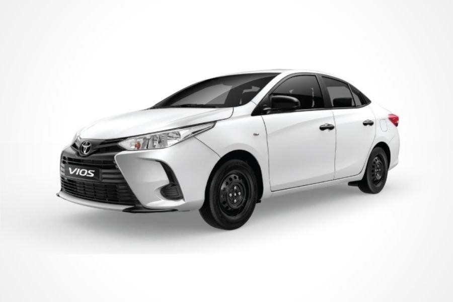 Toyota Vios Base Super White II paint option