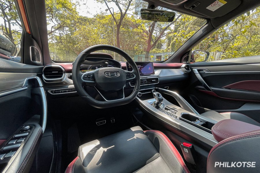 A picture of the interior of the Geely Coolray's interior