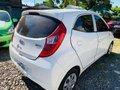 White Hyundai Eon 2016 Manual at 40000 km for sale  -0