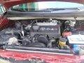 Red Toyota Innova 2005 for sale in Talavera-3