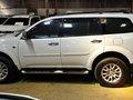 White 2013 Mitsubishi Montero Automatic Diesel for sale -5