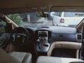 Sell Used 2014 Hyundai Starex at 72000 km -0