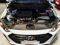 Sell White 2016 Hyundai Elantra at 22000 km -4