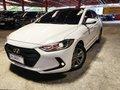 Sell White 2016 Hyundai Elantra at 22000 km -5