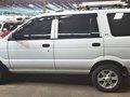 White 2017 Isuzu Crosswind Diesel Manual at 21000 km for sale -4