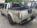 Used Nissan Navara 2015 Truck at 65000 km for sale -4