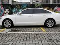 Selling White Audi A6 2012 at 28000 km-4