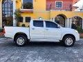 2014 4x2 Toyota Hilux G A/T Diesel-2