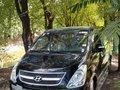 Selling Hyundai Starex 2010 in Quezon City -9