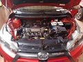 Red Toyota Yaris 2013 for sale in Manual-7